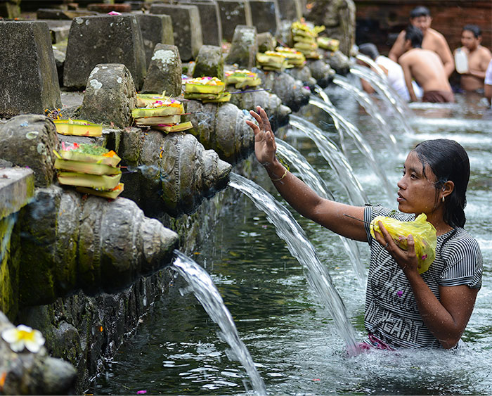 Holy Spring Water at Tirta